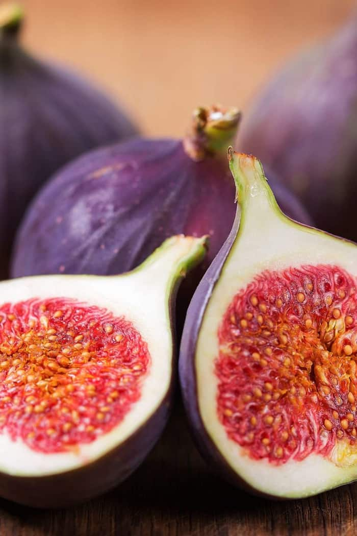 Figs: Benefits, side effects, and nutrition