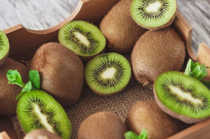 How To Store Kiwi - The Best Way - Foods Guy