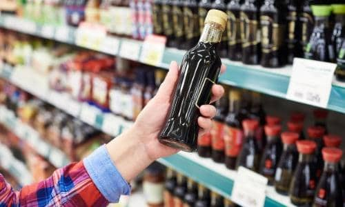 Can Soy Sauce Go Bad ? Here's How Long It Lasts (+Storage Tips) - Foodiosity