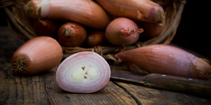 What's the Difference Between Onions and Shallots?   MyRecipes