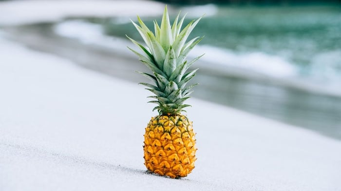 How to Pick a Pineapple: 5 Simple Tips