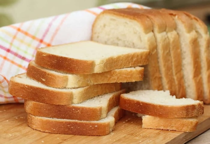Does Bread Have Eggs? (Explained) - Miss Vickie