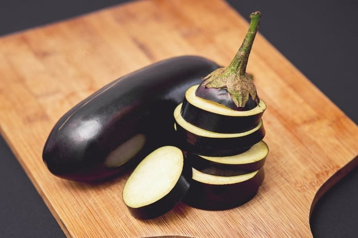 How to Store a Cut Eggplant (And Why It Browns So Quickly) -  wigglywisdom.com