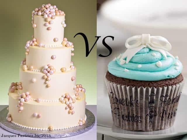 The Tastiest Rivalry: Wedding Cake VS Cupcakes | Pats Peak Wedding Blog