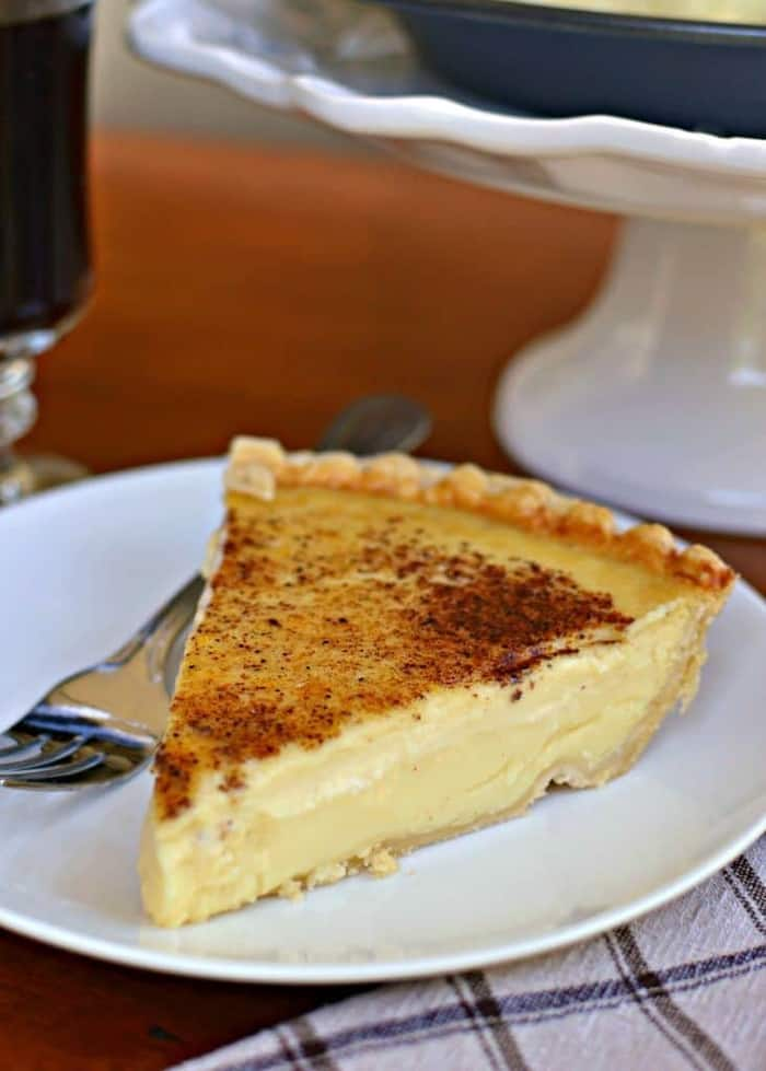 Old Fashioned Silky Creamy Custard Pie - Small Town Woman