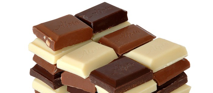 What's the difference between white chocolate and brown chocolate?   Office  for Science and Society - McGill University
