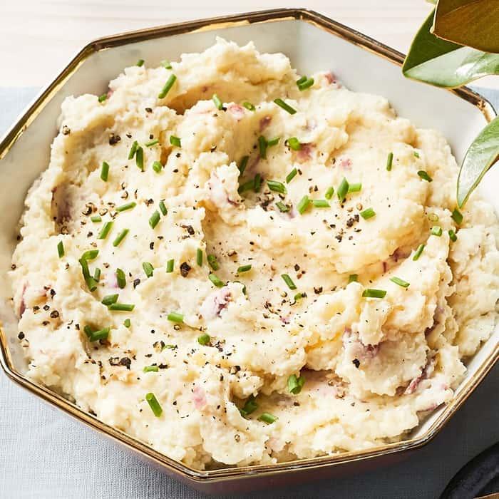Mashed Turnips & Potatoes with Roasted Garlic Recipe | EatingWell